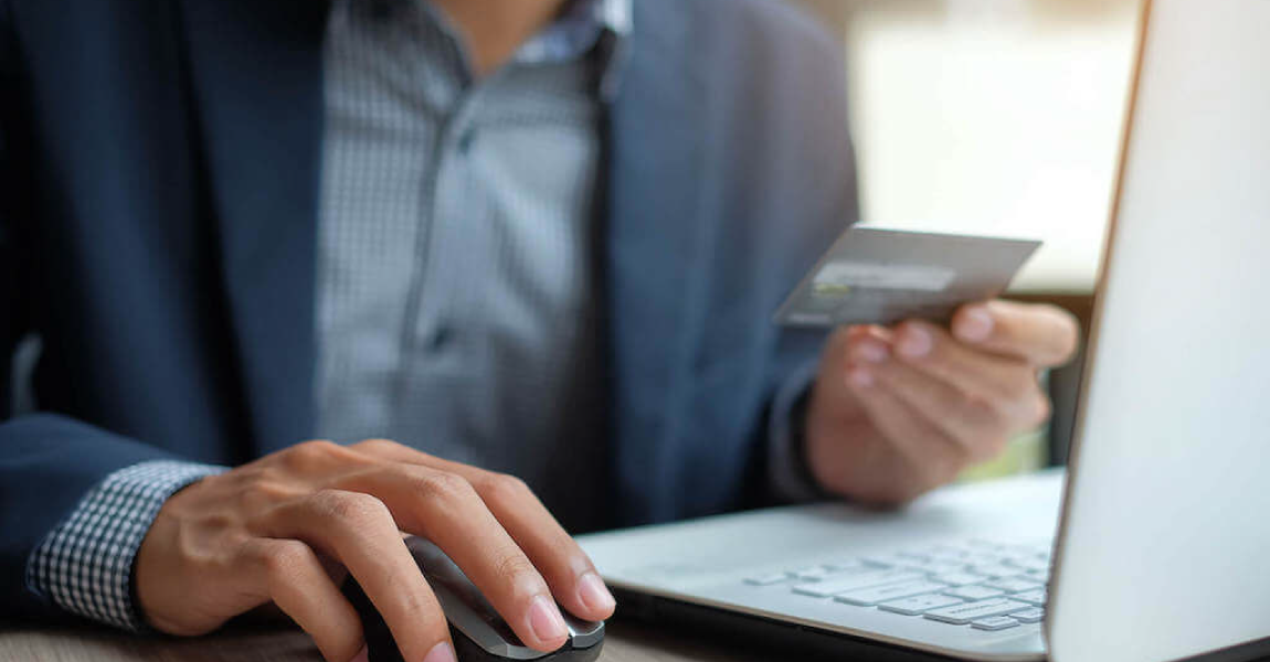 3 reasons to use corporate credit cards as a cash flow tool for your business